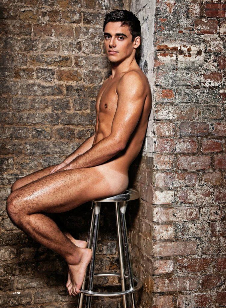 Chris Mears e la Naked Issue...