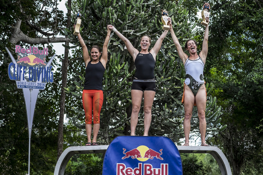 Rachelle Simpson, Adriana Jimenez, Ginger Huber - Winning